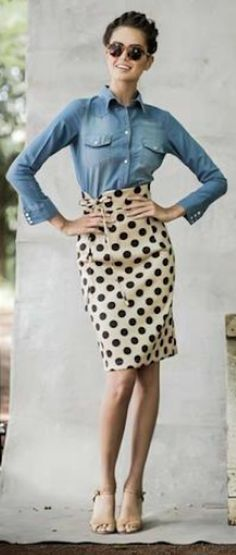 such a cute outfit with this dot skirt