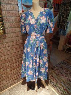 Women's Vintage Carol Anderson CA Cotton Dogwood Floral Pleats Buttons Dress M #CarolAnderson #SecretaryDress #Casual