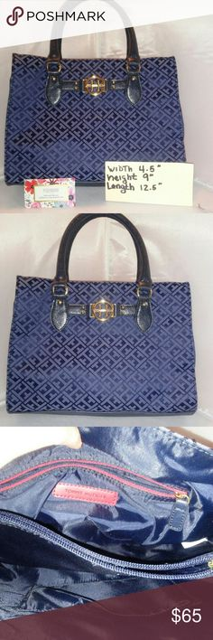 TOMMY HILFIGER PURSE EXCELLENT CONDITION Tommy Hilfiger Bags Shoulder Bags