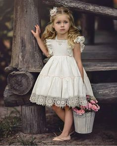 That Darling Dress by Irina Chernousova Cute Flowergirl Dresses for Bridesmaids at Your WeddingBeautiful dresses for girls year: the best ideas images for young princessesImage may contain: 1 person Little Girl Outfits, Little Girl Fashion, Little Girl Dresses, Kids Outfits, Girls Dresses, Flower Girl Dresses, Lace Flower Girls, Toddler Dress, Baby Dress