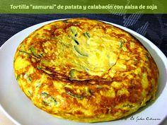 Tortilla 'samurai' de patata y calabacín con salsa de soja http://blgs.co/1bu5f7