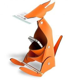 Kangaroo. Design by VacaValiente from their AMIGOS line of products.