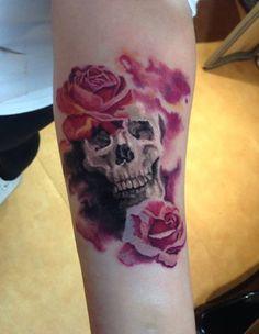 Tatuagens no Antebraço | caveira