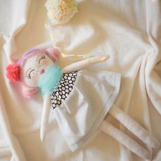 Lovely Handmade Kids Boutique by nenimav on Etsy Baby Girl Gifts, New Baby Gifts, Gifts For Girls, Childrens Bedroom Decor, Baby Nursery Decor, Fabric Dolls, Rag Dolls, New Baby Products, Doll Clothes