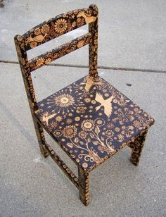 I love what they have done with this ordinary chair! I want an entire set of these...