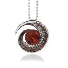 Biżuteria z bursztynem, wisior na łańcuszku z bursztynem.