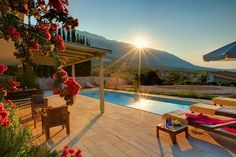 Holiday villa rental in Cephalonia. This villa is built on three levels. Cool Swimming Pools, Best Swimming, Barbecue Garden, Pool Umbrellas, Roll Away Beds, Outdoor Pool, Outdoor Decor, Spa Tub, Resort Villa