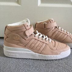 promo code dc80f 0aa28 Adidas Shoes   Adidas Forum Mid-Top   Color  Cream Tan   Size
