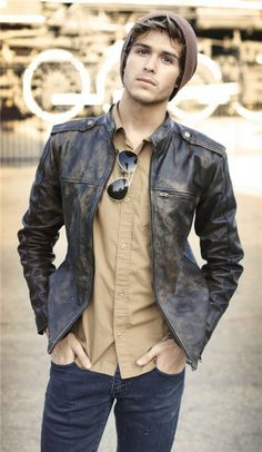 men's fashion, love this aged leather jacket!
