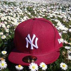 NY YANKEES DAISY  neweracap  newera  59fifty  fitted  cap  ny  newyork   yankees  burgundy  daisy  flowers  spring  fittedfriday  fittedteam   flyyourownflag ... 19cf62811ec