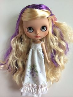 Summer has been customized from a new Blythe factory doll