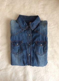 Kup mój przedmiot na #vintedpl http://www.vinted.pl/damska-odziez/koszule/17543726-dzinsowa-koszula-diverse-36