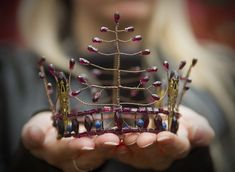 whimsy-cat:Handmade crowns by Elemental Child. #hermes #tiffany #jewelry