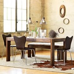 Nc table & chairs.