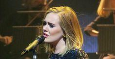 A casi un año del lanzamiento de 25, Adele continúa en las listas de los discos más vendidos en Estados Unidos. La cantante acaba de recibir disco de diamante por alcanzar las 10 millones de unidades vendidas con este material.  Aunque Adele ya había logrado esta hazaña con 21, en esta ocasión lo consiguió en menos tiempo.