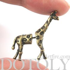 giraffe earrings.. I might just buy these