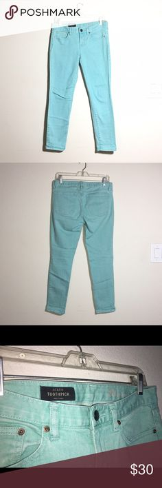 "J.Crew toothpick 28x28 mint ankle jeans Waist : 31"" Inseam : 28"" Rise : 8""  Leg Opening : 6"" color is similar to second and third picture! Jeans Ankle & Cropped"
