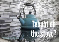 Gas vs Electric Stove: Which New Stove is Right For You? New Stove, How To Clean Silver, Home Staging Tips, Tile Saw, Declutter Your Life, Electric Stove, Electric Kettles, House Smells, Retro Home Decor