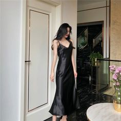 Women Satin Temperament Bodycon Dress Sexy Sleeveless High Waist Spaghetti Strap Dress V-Neck Solid Party Maxi Dress Stylish Outfits, Cute Outfits, Fashion Outfits, Pretty Dresses, Sexy Dresses, 1950s Dresses, Spaghetti Strap Dresses, Aesthetic Clothes, Night Gown