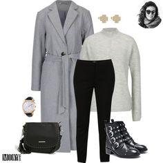 """Sivá so sivou a je z toho štýlové kombo! Jednoduchý a veľmi príjemný outfit na denné nosenie. Sivý kabát s opaskom pekne zvýrazní pás a v kombinácii so sivým svetrom a čiernymi nohavicami pôsobí čisto a elegantne. Na nohy som vybrala kotníkové čižmičky s prackami čo je tiež momentálna vychytávka. K topánkami len jedno:""""Starostlivosti priViac"""
