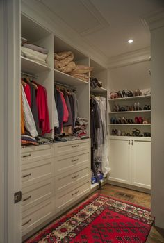Here are some of the most functional and beautiful walk in closet ideas to help you & 180 best Incredible Small Walk in Closet Ideas images on Pinterest ...