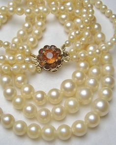 VINTAGE TRIPLE JAPANESE PEARL NECKLACE GOLD CITRINE CLASP 1963