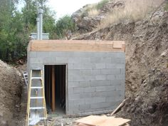 How to build a bomb shelter? What tools you will need? How to plan to build the bomb shelter on a budget? What are the rules in bomb survival? Underground Shelter, Underground Homes, Homestead Survival, Survival Prepping, Emergency Preparedness, Survival Books, Emergency Preparation, Emergency Supplies, Survival Quotes