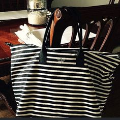 Kate Spade Overnight Bag Love this Kate Spade black & white overnight bag. Would be perfect for weekend getaways or for traveling. This has only been used once & is in mint condition. Also comes with long strap. kate spade Bags Travel Bags