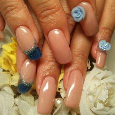 Rose nail #nail #nails #hardgel #gelnail #beige #Padgram