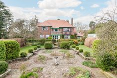 A perfect Art Deco mansion untouched for 87 years is for sale Unusual Buildings, East Yorkshire, Unusual Homes, Art Deco Home, Seaside Towns, Water Tower, Medieval Castle, Arts And Crafts Movement, Southgate London