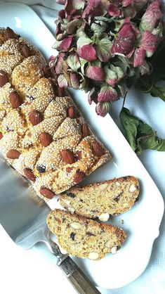 Vegan, Bread Recipes, French Toast, Vegetables, Breakfast, Food, Bait, Raisin, Almonds