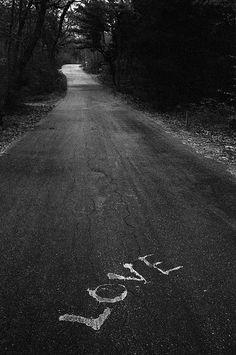 Cual es el camino correcto? Jane Evelyn Atwood