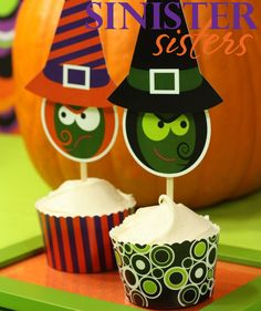 Crochet Halloween decoration Happy Halloween cupcakes Play food Toddler halloween sign Candy corn Neutral nursery First Halloween props bat