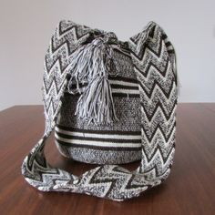 Tapestry Bag, Tapestry Crochet, Looks Black, Brown Shades, Crochet Chart, Baseball Hats, Weaving, Pouch, Purses
