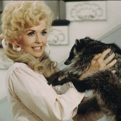 "Donna Douglas became famous for playing Elly May Clampett on the '60s TV series ""The Beverly Hillbillies."""