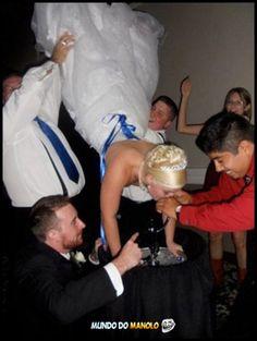 Funny Wtf | wtf-funny-wedding-keg-stand | Mundo do ManoloMundo do Manolo