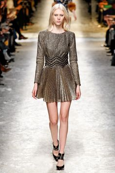 Glitter-and-Sequin-Dresses-For-Fall-Winter-2015