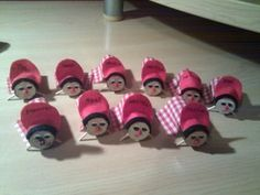 Mini caga tió « Ideas para peques Mario, Fictional Characters, Ideas, Christmas Crafts For Kids, Xmas, Fantasy Characters, Thoughts
