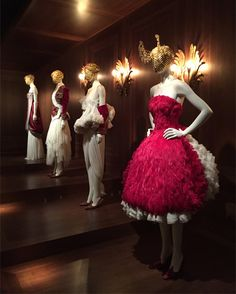 Alexander McQueen: Savage Beauty at London's V&A museum | Romantic Nationalism Gallery.