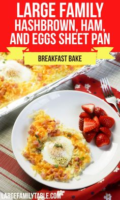 Big Family Hashbrown, Ham, and Eggs Sheet Pan Breakfast Bake Baked Breakfast Recipes, Breakfast Bake, Real Cooking, Ham And Eggs, Tasty, Yummy Food, Sheet Pan, New Recipes, Food To Make