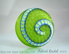 This is simply gorgeous  :) Astrid Reidel   Wednesday 18th Dec. the show&tell - Lampwork Etc.