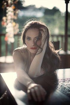Zoe Hennessey is a wardrobe and fashion stylist in Los Angeles, CA. Lara Pulver, Irene Adler, Fashion Portfolio, Video News, Fashion Stylist, Female Models, Women Models, Celebrity Style, Stylists