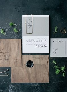Industrial minimalist wedding inspiration More This minimal wedding editorial documented by Jordan Weiland Photography totally proves that whole 'less is more' thing. If you looove details like we do, you might think that simplicity means sacrific Invitation Fete, Wood Invitation, Carton Invitation, Invitation Templates, Invitation Ideas, Modern Wedding Stationery, Minimalist Wedding Invitations, Wedding Stationary, Modern Invitations