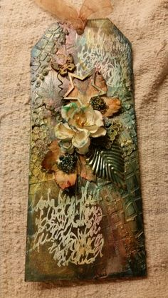 Tag. Playing with heavygel, stencils, silks paiting m.m. Inspired by Finnabair