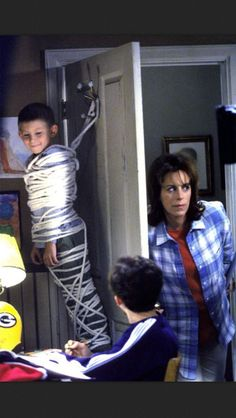 Having two older brothers I kinda relate to Dewey but they were never as bad as Malcolm and Reece thank goodness