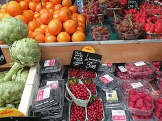 How To: Keep Fruits and Vegetables Fresh.... you may be surprised who is sharing this advice!