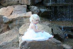 Great Places, Environment, Flower Girl Dresses, Park, Wedding Dresses, Nature, Bride Dresses, Bridal Gowns, Naturaleza