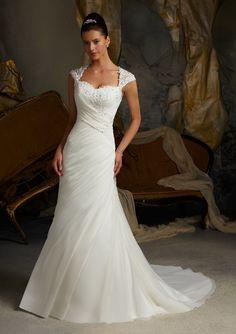 Ajustado Sin Mangas Gasa Barrer/Cepillo Tren Corazón Wedding Dresses