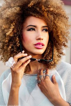 Andy Allo The Beauty Of Natural Hair Board Ombré Hair, Coily Hair, Kinky Curly Hair, Big Hair, Pelo Natural, Natural Hair Tips, Natural Curls, Natural Hair Styles, Love Hair