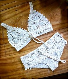Little Treasures: 7 Free #Crochet Bikini Patterns